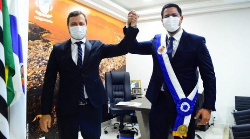 Prefeito e vice tomam posse em cerimônia solene on-line na Câmara de Caraguatatuba