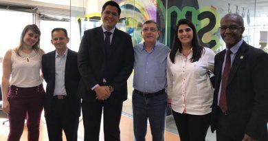 Prefeitura de Caraguatatuba firma parceria com Sinthoresp para cursos de barman, camareira e garçom