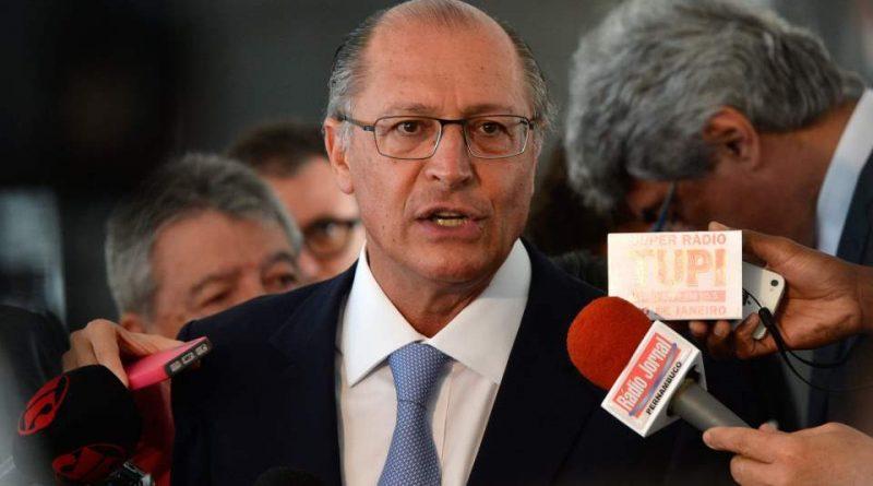 Governador Geraldo Alckmin sanciona reajuste do salário mínimo paulista