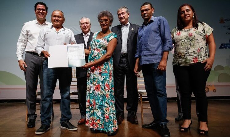 Temer destaca trabalho da gestão Aguilar Junior em cerimônia de entrega de Títulos de Propriedade