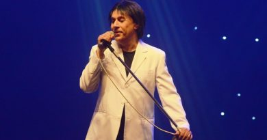 Tom Cavalcante apresenta 'Stomdup', dia 28, no Teatro Mario Covas