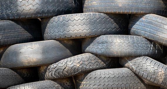 Caraguatatuba faz parceria com empresa de reciclagem de pneus para atendimento da logística reversa